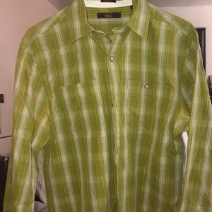 Green button down like new
